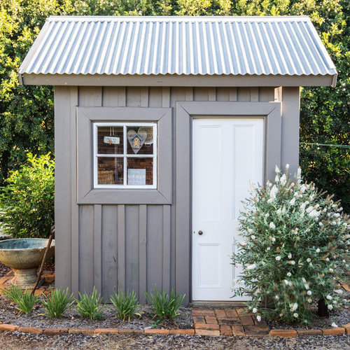 Corrugated metal roof garage and shed design ideas for Tin shed house design