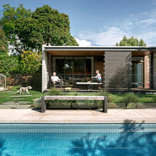 Inspiration for a midcentury detached garden shed and building in Melbourne.
