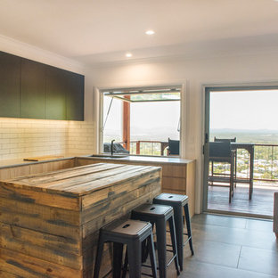 Mid-sized contemporary attached granny flat in Sunshine Coast.
