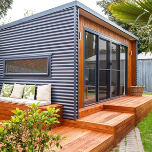 Small contemporary detached guesthouse in Adelaide.