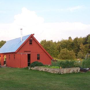 Barn - cottage barn idea in Burlington