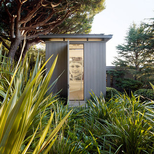 Contemporary shed and granny flat in San Francisco.