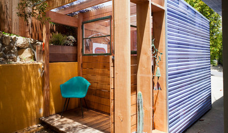 ただ中にいるだけで心地よい、コンパクトでエコな裏庭の小屋!