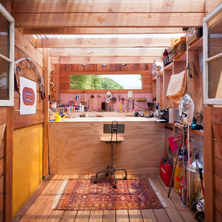Example of a trendy studio / workshop shed design in Santa Barbara