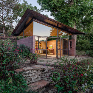 Trendy detached studio / workshop shed photo in Los Angeles