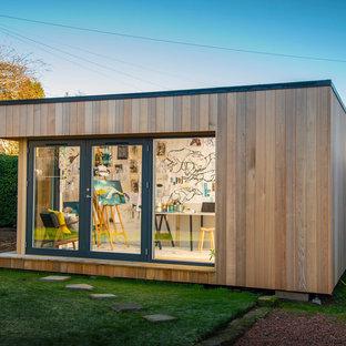 Mittelgroßes, Freistehendes Modernes Gartenhaus als Arbeitsplatz, Studio oder Werkraum in Sonstige