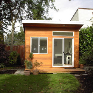 Design ideas for a small contemporary detached studio in Vancouver.