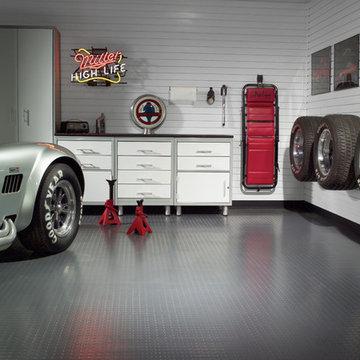 Automotive enthusiast garage