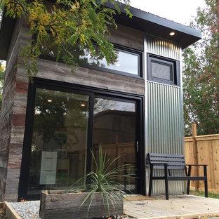 Exempel på ett litet modernt fristående kontor, studio eller verkstad
