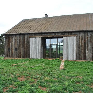 Barn Project: BROMBAL USA + CRITTALL USA