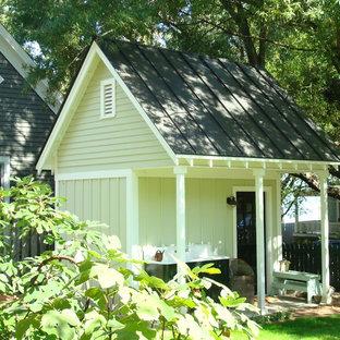 Inspiration för en vintage fristående garage och förråd