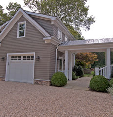 traditional garage and shed by S.M. CONTRACTING INC
