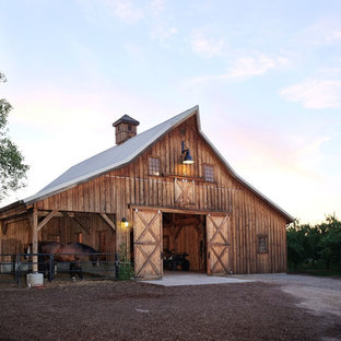 Country detached barn photo in Other
