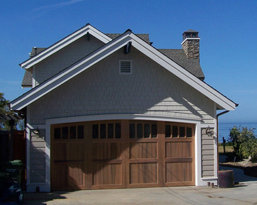 Cape cod garage home design ideas pictures remodel and decor for Cape cod garage