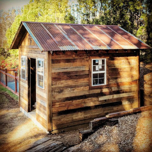 Design ideas for a small rustic detached garden shed in San Diego.