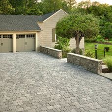 Traditional Garage And Shed by Techo-Bloc