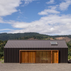 Modern Garage And Shed by FIELDWORK Design & Architecture