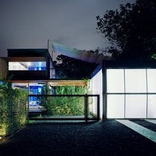 Modern Garage And Shed by Bercy Chen Studio
