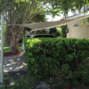 This is an example of a tropical shed and granny flat in Miami.