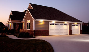 Garage Door Designs (Residential) - Ribbed Long Panel with 6 Pane Arched Windows