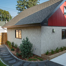 Traditional Garage And Shed by Habitat Studio