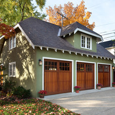 Traditional Garage And Shed by Nicholson Builders