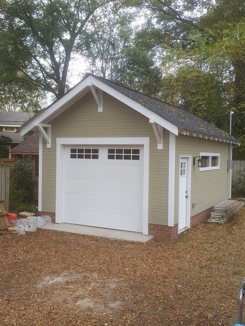 Arts and crafts garage and shed home design ideas photos for Arts and crafts garage