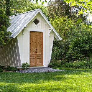 Photo of a mid-sized traditional detached garden shed in Richmond.