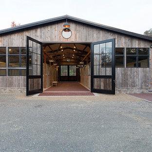 Inspiration for a farmhouse detached barn remodel in Sacramento