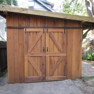 Idée de décoration pour un petit abri de jardin séparé bohème avec un abri de jardin.