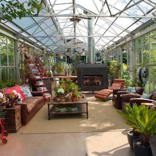 Idée de décoration pour un abri de jardin urbain.