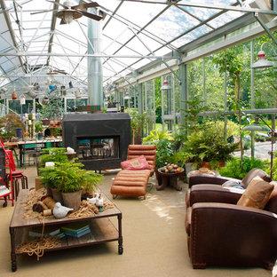 Idéer för en industriell garage och förråd, med växthus