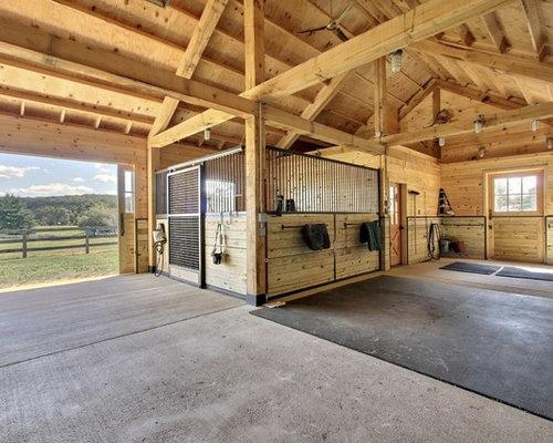 Traditional Barn Ideas & Design Photos | Houzz