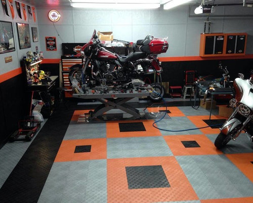 Harley davidson home design ideas pictures remodel and decor for Harley davidson decorations for home