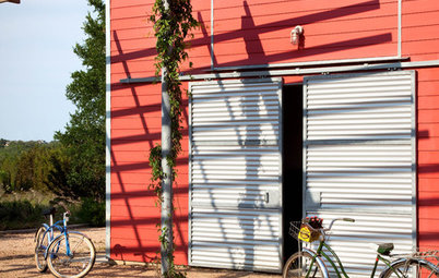 Easy Green: Country vs. City for Ecofriendly Lifestyles