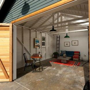 Foto di garage e rimesse eclettici con ufficio, studio o laboratorio