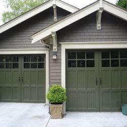 Heritage Garage Door 3 Piece Wood With True