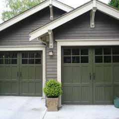 Traditional Garage Doors & Harbour Door Services Ltd. - Victoria BC CA V9A 3V9 pezcame.com