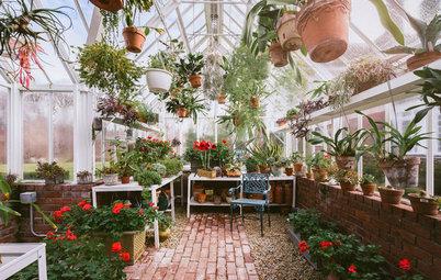 13 jolies cabanes de jardinage pour cultiver ses plantes en hiver