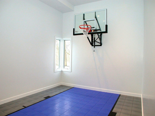 Garage basketball court for Basketball garage