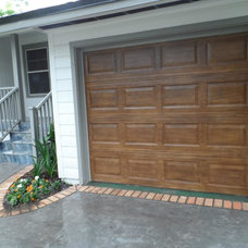 Traditional Garage And Shed by King Construction Company of Jax, LLC