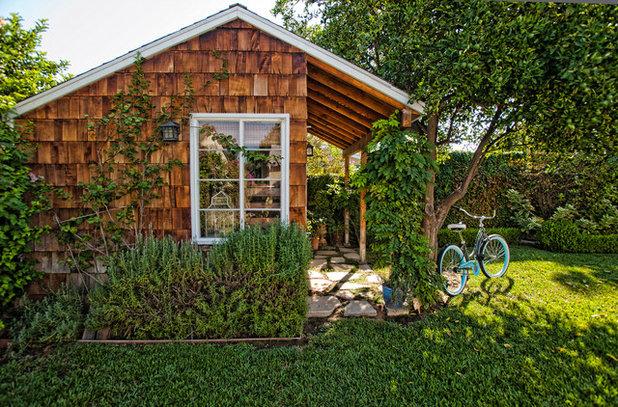 Rustic Garden Shed and Building by De Bilt