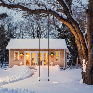 Inspiration for a country detached studio / workshop shed remodel in Boston