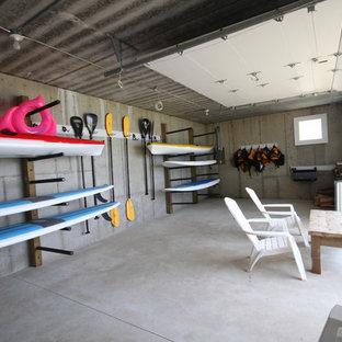 Immagine di garage e rimesse stile marino