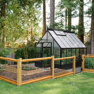 This is an example of a country detached greenhouse in Vancouver.