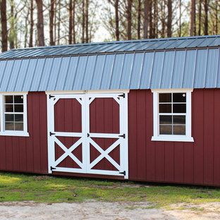 Inspiration for a small country detached barn in Other.