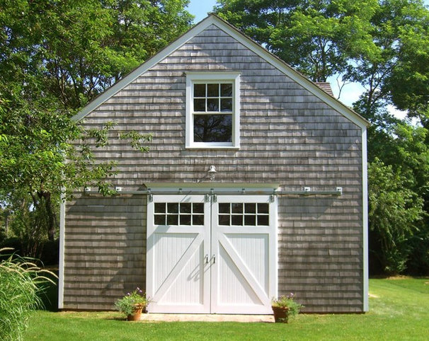 Traditional garage and shed by david neff architect