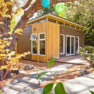 Idéer för att renovera ett mellanstort funkis fristående kontor, studio eller verkstad