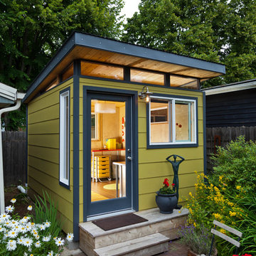 Modern-Shed Home Office
