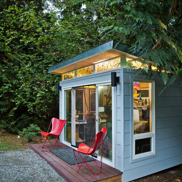 Modern-Shed Seattle home office